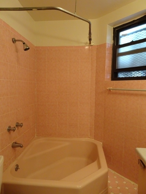 2 Bedrooms, Gramercy Park Rental in NYC for $3,050 - Photo 2