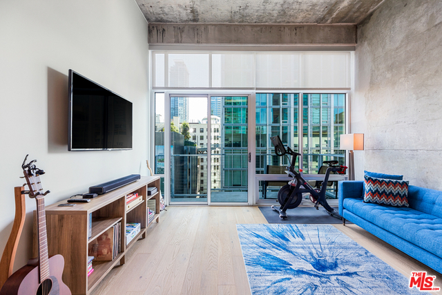 Studio, South Park Rental in Los Angeles, CA for $2,450 - Photo 1