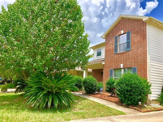 3 Bedrooms, Lakewood Cove Rental in Houston for $1,675 - Photo 1