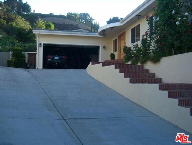 4 Bedrooms, Bel Air-Beverly Crest Rental in Los Angeles, CA for $8,500 - Photo 1