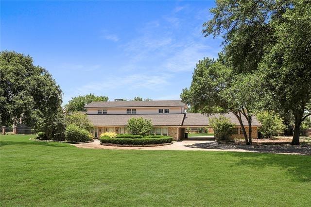 4 Bedrooms, Southwest Arlington Rental in Dallas for $3,900 - Photo 2