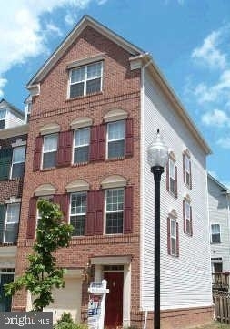 3 Bedrooms, Cameron Station Rental in Washington, DC for $3,450 - Photo 1
