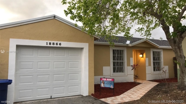 3 Bedrooms, Country Lake Homes East Rental in Miami, FL for $2,300 - Photo 1
