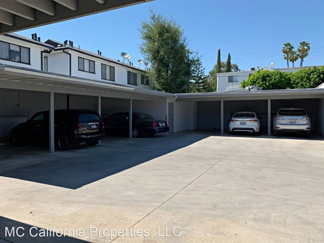 2 Bedrooms, Citrus Grove Rental in Los Angeles, CA for $2,095 - Photo 2