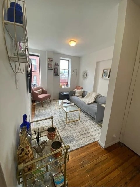 1 Bedroom, West Village Rental in NYC for $2,900 - Photo 1