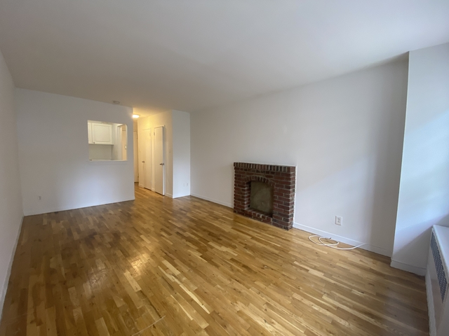 Studio, Yorkville Rental in NYC for $1,696 - Photo 1