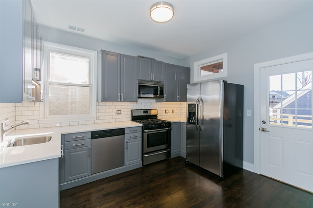 4 Bedrooms, Lakeview Rental in Chicago, IL for $3,395 - Photo 1