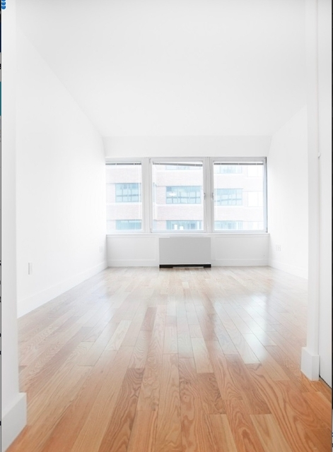 1 Bedroom, Financial District Rental in NYC for $3,170 - Photo 1