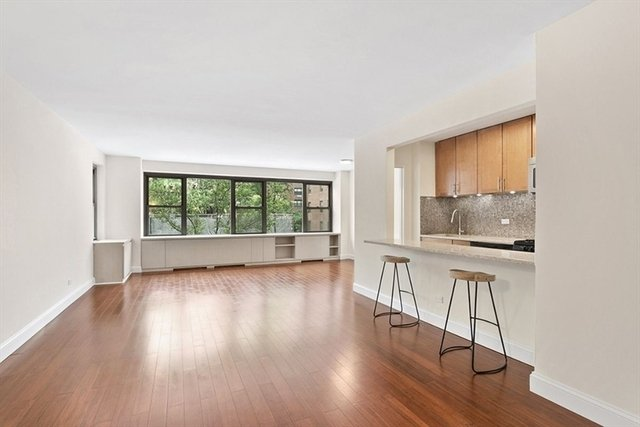 1 Bedroom, Sutton Place Rental in NYC for $3,500 - Photo 2