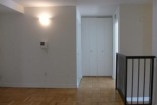 3 Bedrooms, Hell's Kitchen Rental in NYC for $3,850 - Photo 2