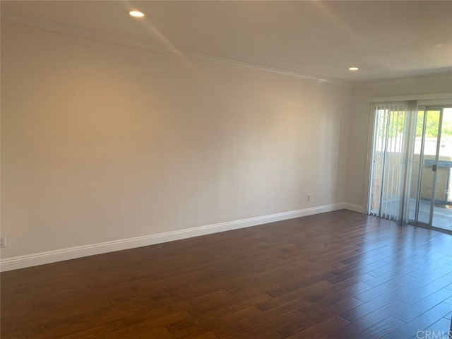 1 Bedroom, Playhouse District Rental in Los Angeles, CA for $1,850 - Photo 2