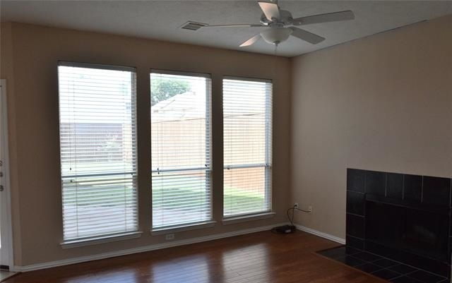 3 Bedrooms, Highlands Parkway Rental in Dallas for $2,200 - Photo 2
