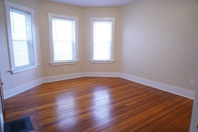 3 Bedrooms, Ashmont Rental in Boston, MA for $2,500 - Photo 2