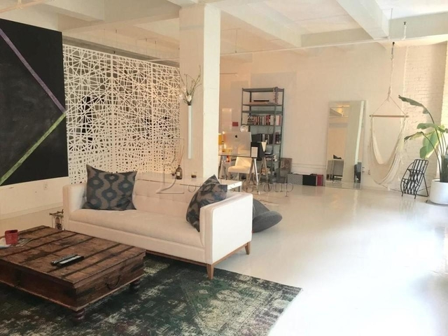 3 Bedrooms, Financial District Rental in NYC for $5,350 - Photo 1