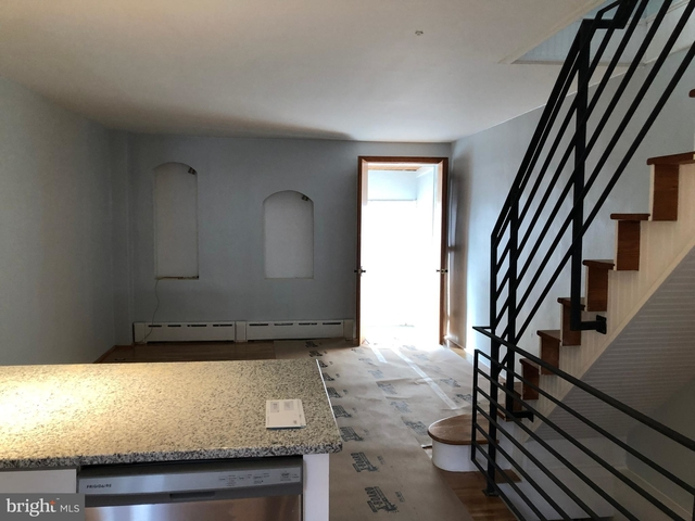 2 Bedrooms, South Philadelphia West Rental in Philadelphia, PA for $1,550 - Photo 2