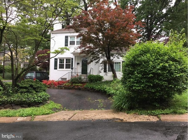 3 Bedrooms, Bethesda Rental in Washington, DC for $4,000 - Photo 2