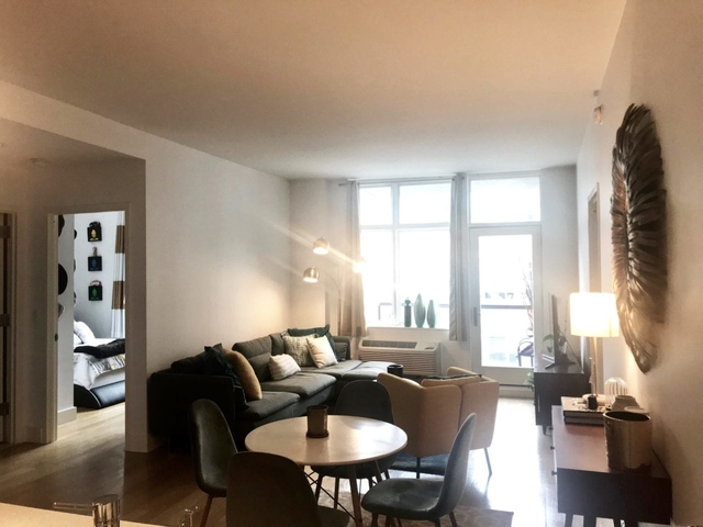 2 Bedrooms, Hunters Point Rental in NYC for $4,500 - Photo 1