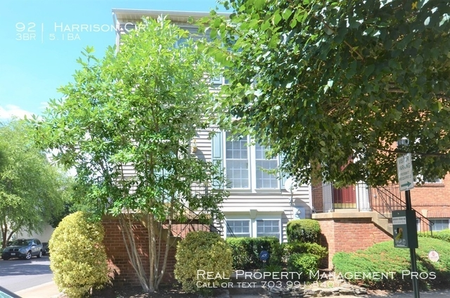 3 Bedrooms, Summers Grove Rental in Washington, DC for $3,000 - Photo 1