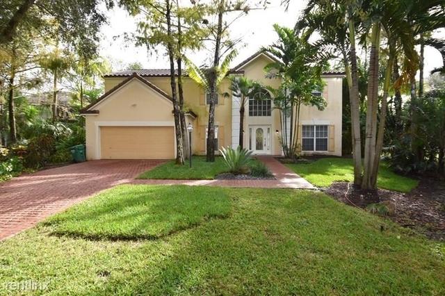 4 Bedrooms, Woodside Rental in Miami, FL for $2,579 - Photo 1
