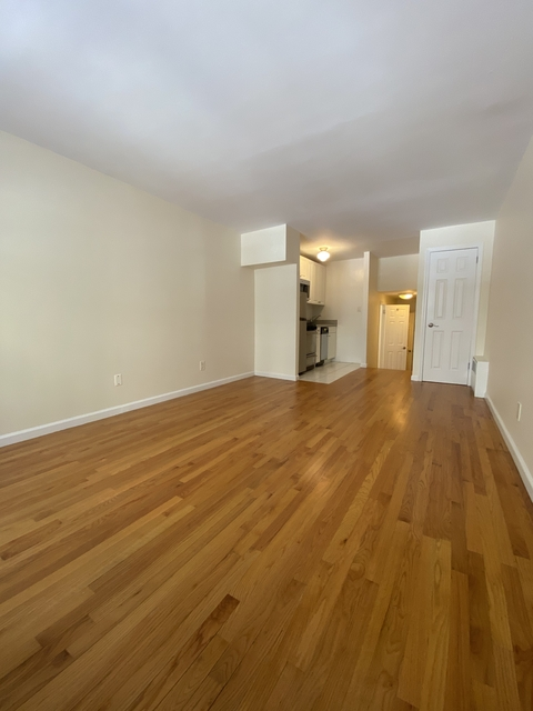 Studio, Yorkville Rental in NYC for $2,236 - Photo 1