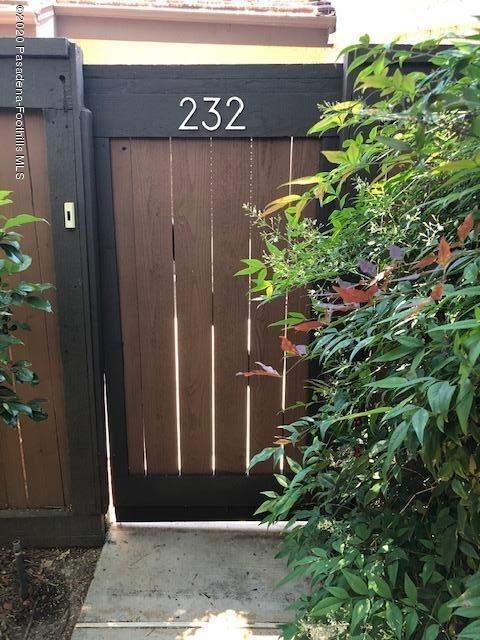 2 Bedrooms, Downtown Pasadena Rental in Los Angeles, CA for $3,525 - Photo 2