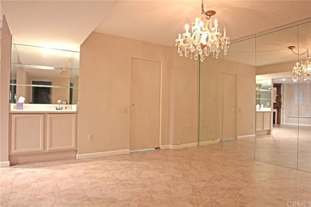 2 Bedrooms, Westwood Rental in Los Angeles, CA for $3,800 - Photo 2