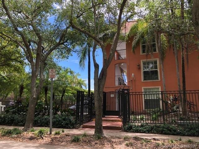 2 Bedrooms, Northeast Coconut Grove Rental in Miami, FL for $1,550 - Photo 2