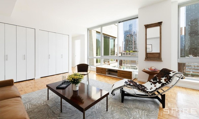 Studio, Hell's Kitchen Rental in NYC for $2,413 - Photo 2