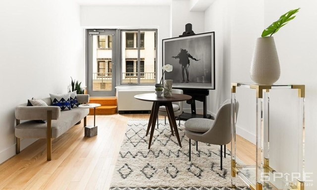 Studio, Financial District Rental in NYC for $5,830 - Photo 1