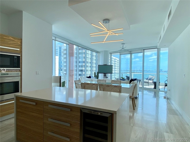 2 Bedrooms, Bayonne Bayside Rental in Miami, FL for $5,000 - Photo 2