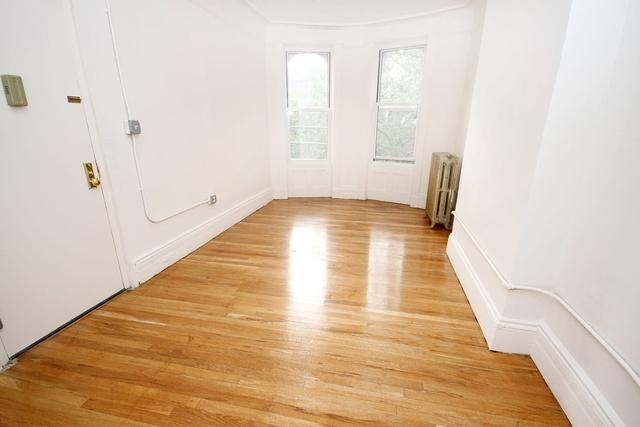 3 Bedrooms, Astoria Rental in NYC for $2,775 - Photo 1