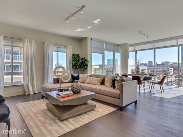 3 Bedrooms, North Central Dallas Rental in Dallas for $5,595 - Photo 1