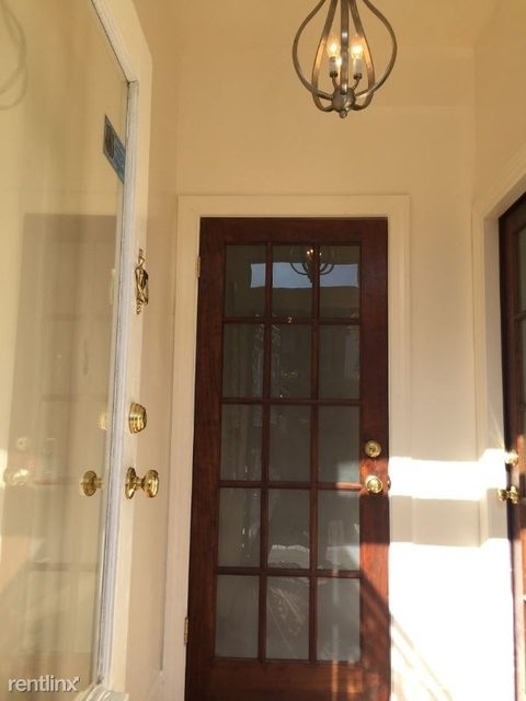 2 Bedrooms, Columbia Heights Rental in Washington, DC for $2,475 - Photo 2
