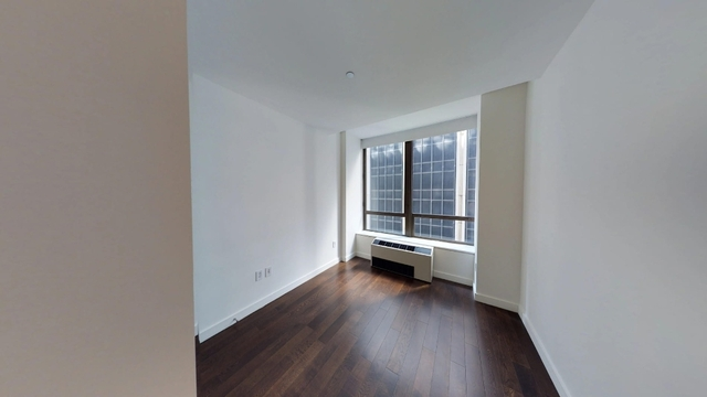 1 Bedroom, Financial District Rental in NYC for $3,070 - Photo 2