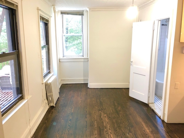 3 Bedrooms, Williamsburg Rental in NYC for $2,995 - Photo 2