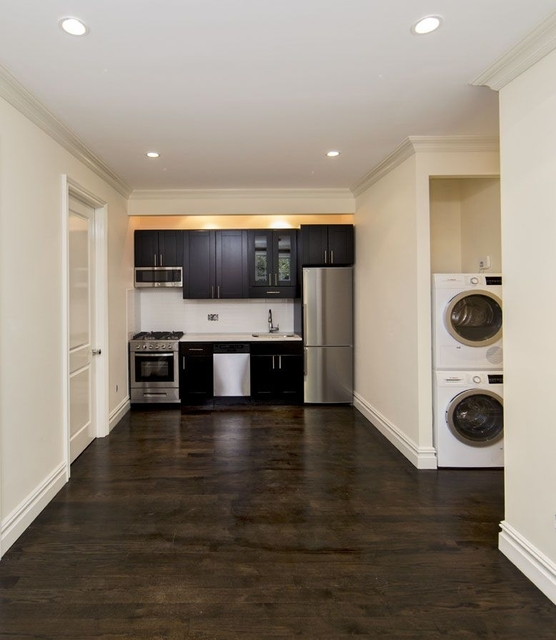 4 Bedrooms, East Village Rental in NYC for $6,518 - Photo 1