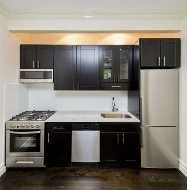 4 Bedrooms, East Village Rental in NYC for $6,518 - Photo 2