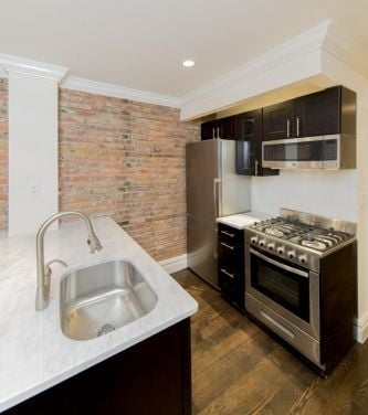 3 Bedrooms, Chelsea Rental in NYC for $6,800 - Photo 1