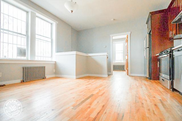 Room, Bushwick Rental in NYC for $850 - Photo 1
