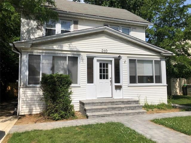 4 Bedrooms, Cedarhurst Rental in Long Island, NY for $4,300 - Photo 1