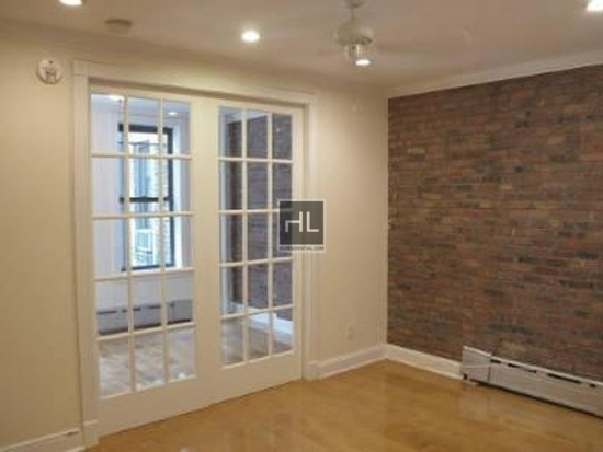 2 Bedrooms, West Village Rental in NYC for $4,485 - Photo 2