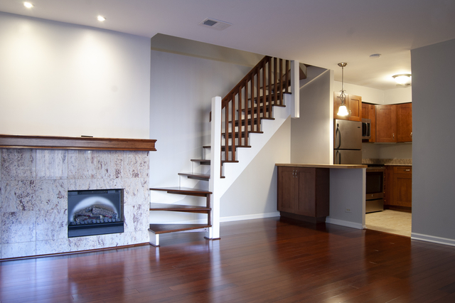 2 Bedrooms, Buena Park Rental in Chicago, IL for $1,800 - Photo 2
