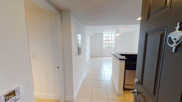 1 Bedroom, Downtown West Palm Beach Rental in Miami, FL for $1,500 - Photo 1
