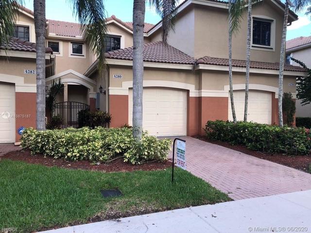 2 Bedrooms, Davie Rental in Miami, FL for $2,100 - Photo 2