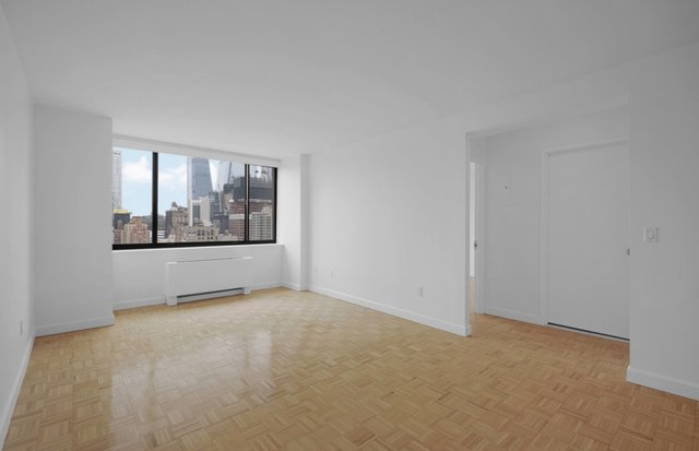 1 Bedroom, Hell's Kitchen Rental in NYC for $2,500 - Photo 1