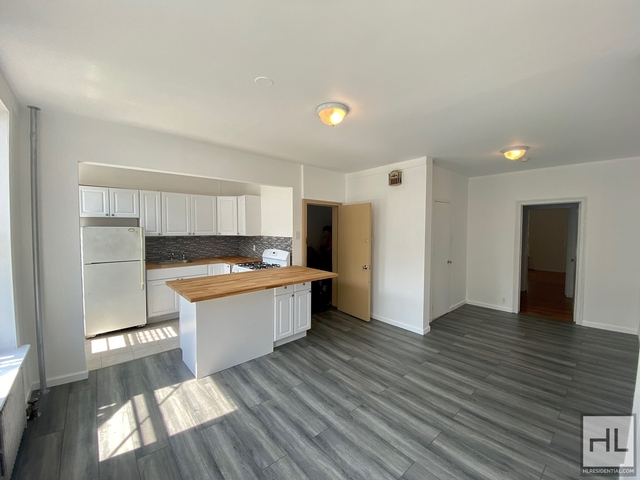 2 Bedrooms, Greenpoint Rental in NYC for $3,100 - Photo 1