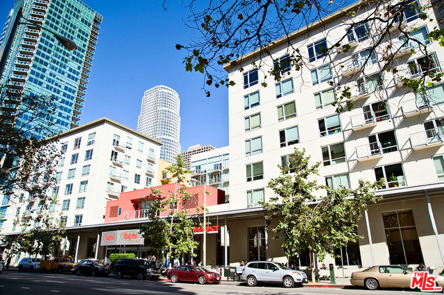2 Bedrooms, South Park Rental in Los Angeles, CA for $3,395 - Photo 1