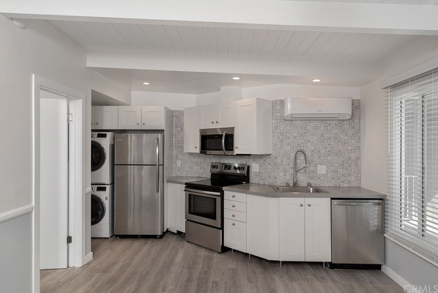 1 Bedroom, Hermosa Beach Rental in Los Angeles, CA for $3,750 - Photo 2