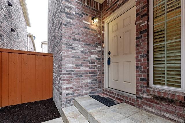 3 Bedrooms, North Central Dallas Rental in Dallas for $2,350 - Photo 1