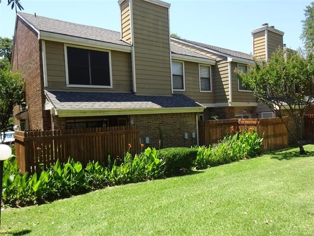 2 Bedrooms, Willow Brook Condominiums Rental in Dallas for $1,395 - Photo 1